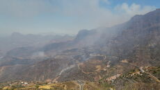 Pożar na Gran Canarii (PAP/EPA/ELVIRA URQUIJO A.)